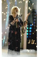 Diana Vickers Autograph Signed Photo